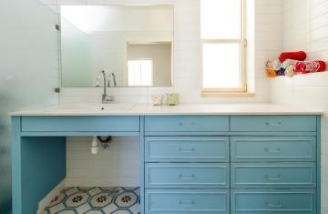ארון אמבטיה הורים